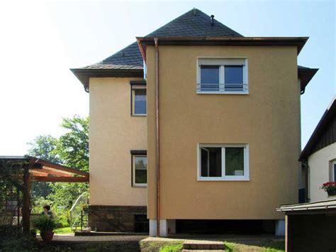 Hausfassade Grau Weiß by Treppengel 228 Nder Holz Streichen Welche Farbe Bvrao