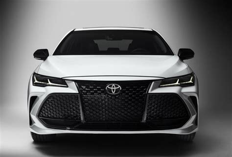 When Is The Toyota Chr Coming Out by 2019 Toyota Avalon Redesign Price Release Date