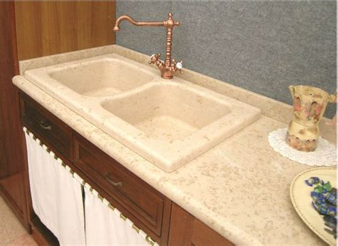 lavello in marmo lavello cucina in marmo giallo d istria a due vasche