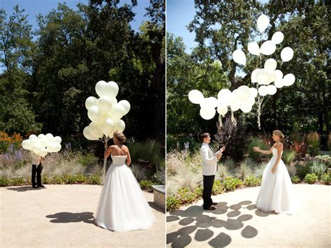 Unique Wedding Photo Ideas by Unique Wedding Ideas Look Using Balloons Onewed