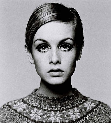 twiggy black and white famous black and white fashion photography