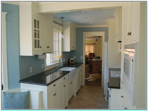 White Kitchen Wall Cabinets by Wall Paint Colors For Kitchens With White Cabinets
