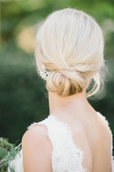 Wedding Hairstyles Updo Chignon by 15 Seriously Pretty Bridal Updos Weddingsonline
