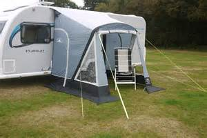 Sunncamp Porch Awnings Sunncamp Swift 220 Air Inflatable Caravan Porch Awning