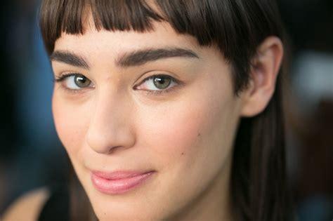 spring 2015 makeup for brown skin bobbi brown new york fashion week saudibeauty blog