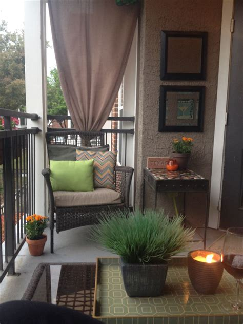 Backyard Apartment Ideas 25 Best Ideas About Apartment Balcony Decorating On