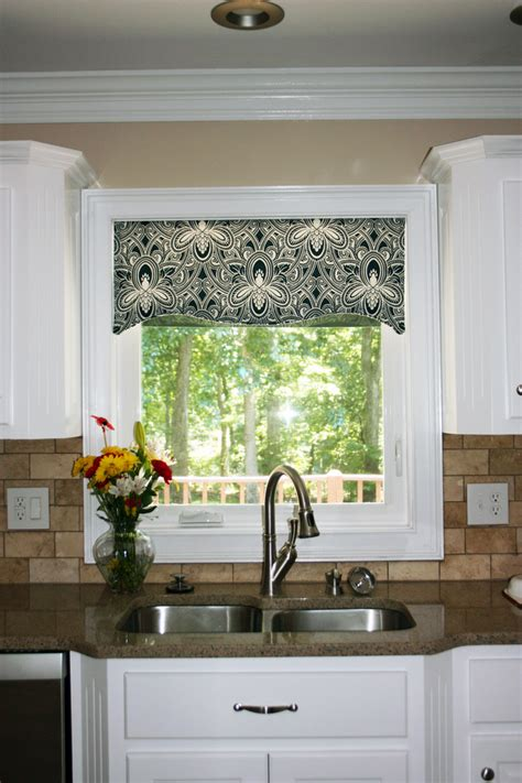kitchen window cornice ideas kitchen window valances patterns cool kitchen window valance