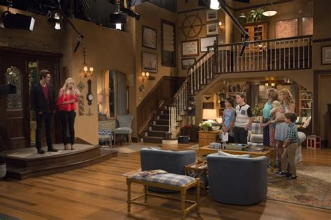 full house couch fuller house set changes from full house bring the