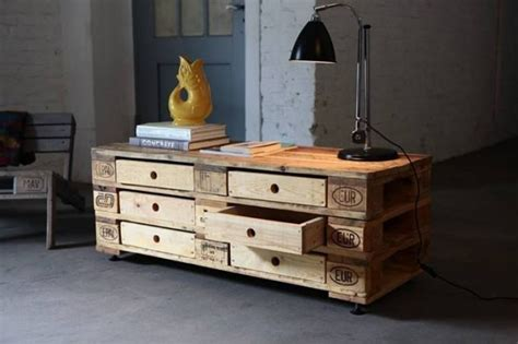 16 genius handmade pallet wood furniture ideas you will 16 genius handmade pallet wood furniture ideas you will