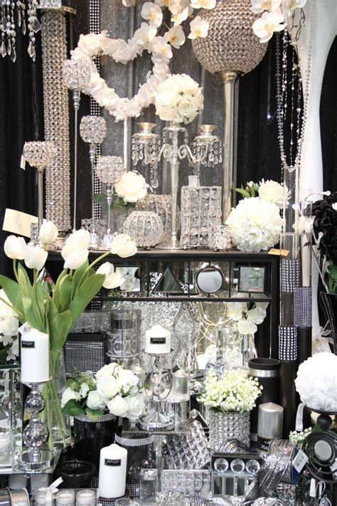 Best 25  Bling wedding themes ideas on Pinterest   Sparkle