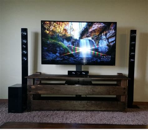 Tv Stand Rack by 15 Diy Tv Stands You Can Build Easily In A Weekend Home
