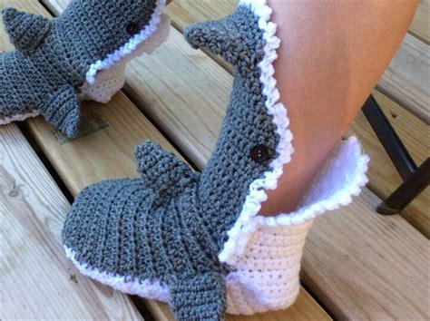 free crochet shark slippers pattern crochet baby shark booties pattern free squareone for