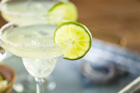 margarita cinco de mayo applebee s extends 1 margarita deals through cinco de