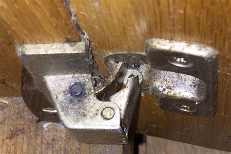 replacement kitchen cabinet hinges kitchen cabinets hinges replacement manicinthecity