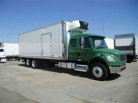 Sleeper Box Truck by Freighliner 26ft Refrigerated Box Truck Cab Sleeper