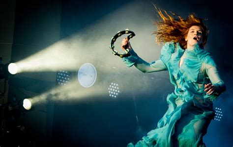 blue guide florence 11th 1905131755 it looks like florence the machine are back nme