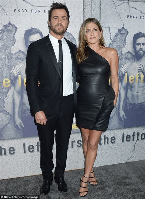 jennifer aniston is she married justin theroux loves marriage with jennifer aniston