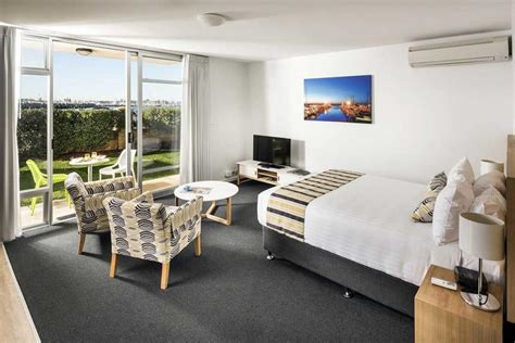 studio bedroom apartments garden view studio apartment fremantle be fremantle