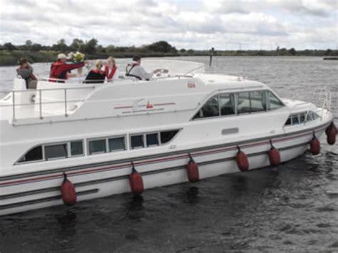 bay breeze boat rentals canal boat rental silver breeze motor boat rentals