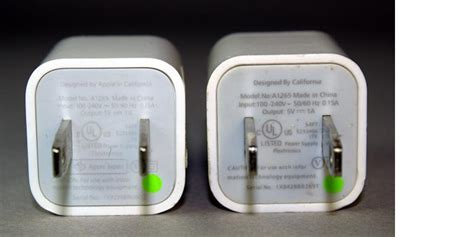 Kabel Data Iphone Asli Dan Palsu apa bedanya charger iphone orisinal dan quot kw quot kompas