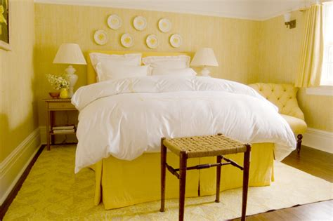 yellow bedroom accessories yellow bedroom decor ideas