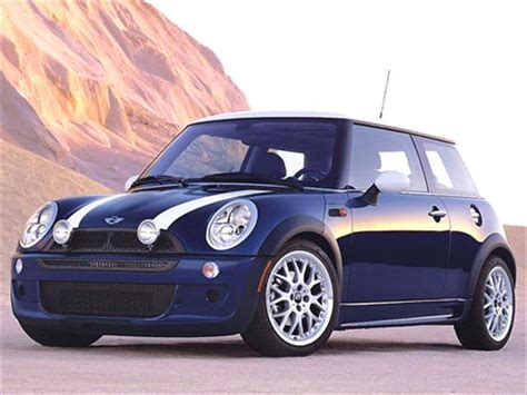 books about how cars work 2004 mini cooper auto manual most fuel efficient hatchbacks of 2004 kelley blue book
