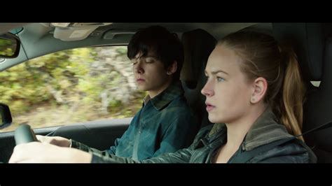 watch movie links the space between us 2017 the space between us 2017 official movie clip quot get out quot hd youtube