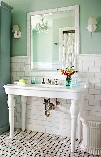 Cottage Style Vanities For Bathrooms by Best 25 Cottage Style Bathrooms Ideas On