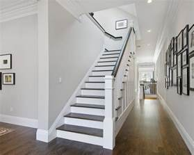 Paint Colors For Hallways And Stairs Benjamin Moore Decorators White Escaliers Rampes