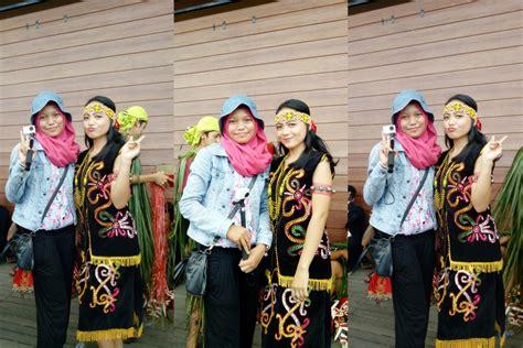 tato dayak kalimantan barat festival budaya masyarakat adat dayak di pekan gawai dayak