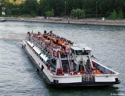 un bateau mouche sur la seine ecole ir 232 ne joliot curie les ce2 aux bateaux mouches