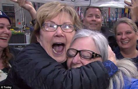 what makeup do they use for ambush makeover on today show with hoda and kathy best ambush makeovers newly retired librarian undergoes