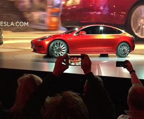 tesla hits speed bumps in race to conquer auto market