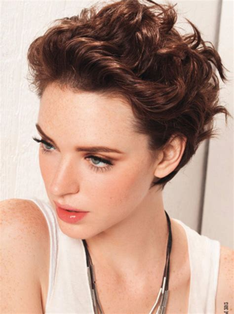 cute short haircuts for wavy thick hair hairstyles ideas