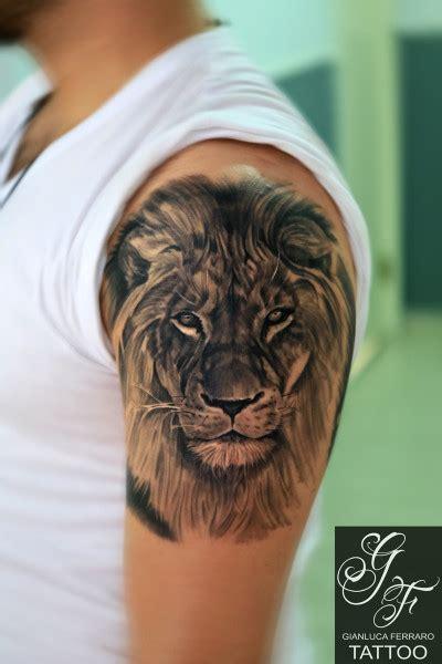 animal tattoo e piercing leone by gianluca ferraro tattoo