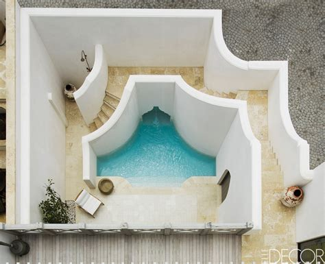 outdoor shower 12 outdoor shower design ideas chic enclosures for