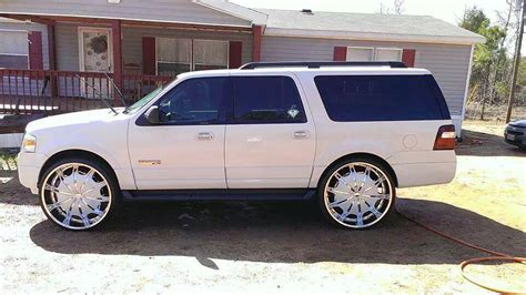 Expedition E6737 Gold N Black white on white ford expedition sitting on 28 s big rims custom wheels