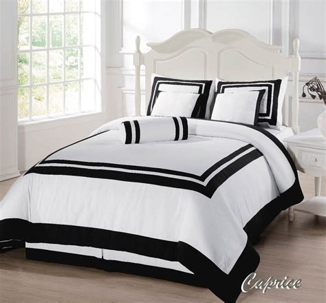 queen size white bed inspirational black and white bedding queen size 12 in