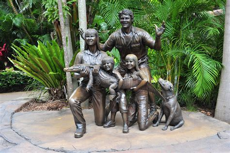 Steve Irwin Memorial Day At The Australia Zoo by File Statue Of The Irwin Family At Australia Zoo