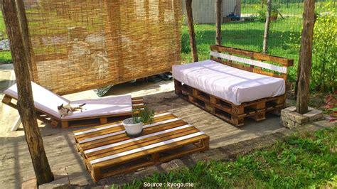 divanetti in legno esclusivo 5 divanetti bancali di legno jake vintage