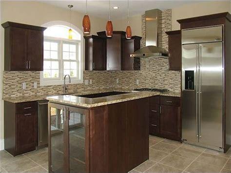 kitchen cabinets santa best 25 santa cecilia granite ideas on