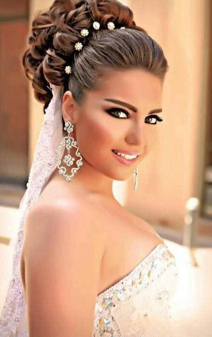bridal hairstyles simple and elegant 40 chic wedding hair updos for elegant brides curly