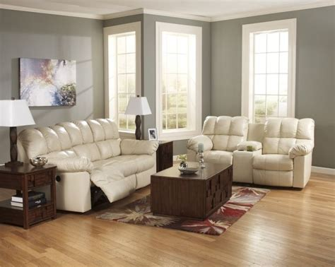 cream color leather sofa 17 best ideas about cream leather sofa on pinterest