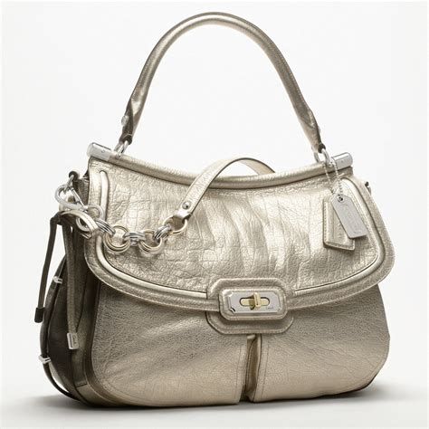 couch perses coach new flagship leather dowel flap shoulder bag all