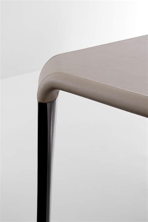 fendi casa dining table serengeti table dining tables from fendi casa architonic