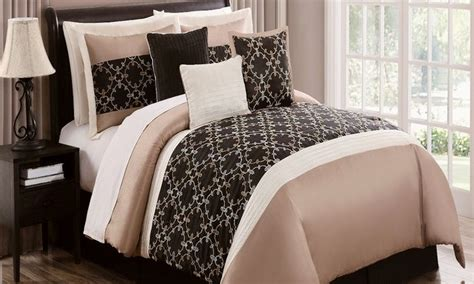 groupon comforter set 7 or 8 piece comforter set groupon boudoir ideas