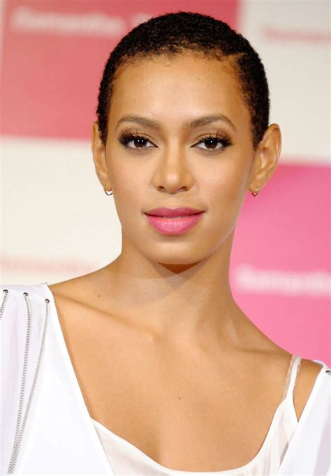 Solange Hairstyles by 41 Solange Knowles Hairstyles You Ll Want To Copy Right