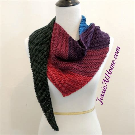 how to knit a triangle shawl for beginners summer s end triangle scarf allfreeknitting