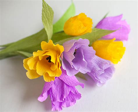 How To Make Beautiful Flowers With Paper - how to make beautiful crepe paper flowers