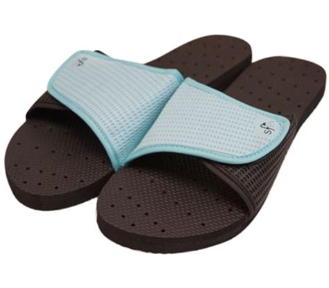 showaflops s antimicrobial shower sandal black